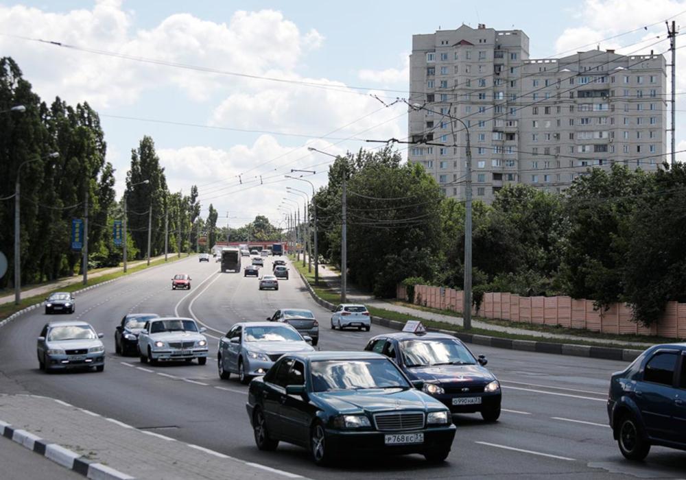 Проезжая часть с автомобилями